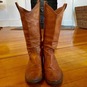 Frye Boots Distressed Carson Cognac Washed Antique